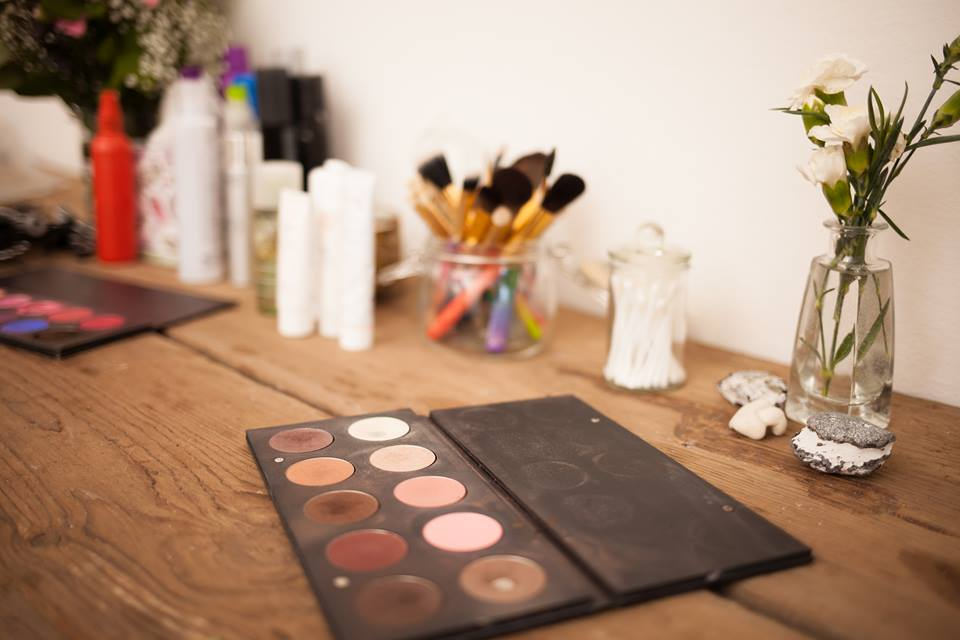 Products Make-up Kit